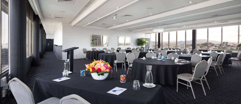 Brisbane-parklands-room-black-rounds   Pacific Hotel Brisbane