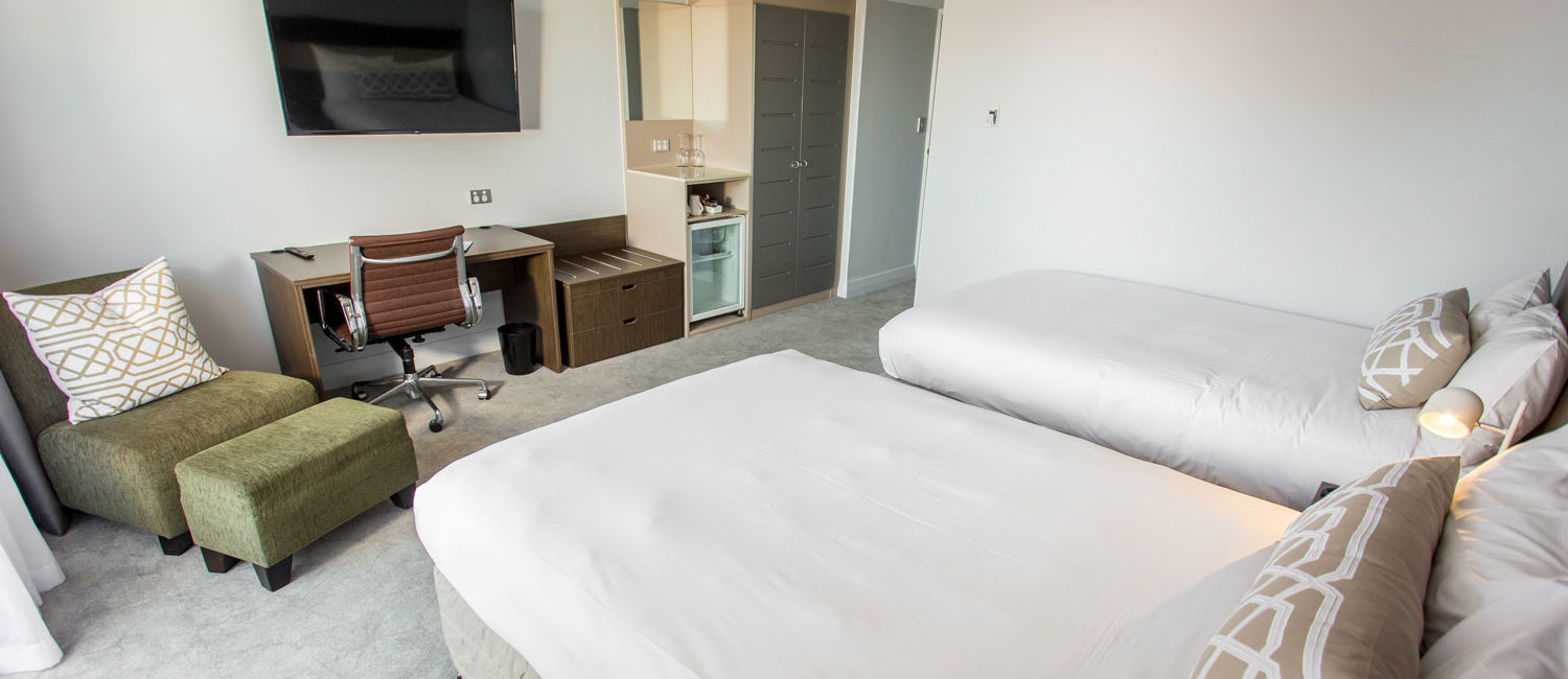 PHB-Superior-Twin-Room-2-HR | Pacific Hotel Brisbane