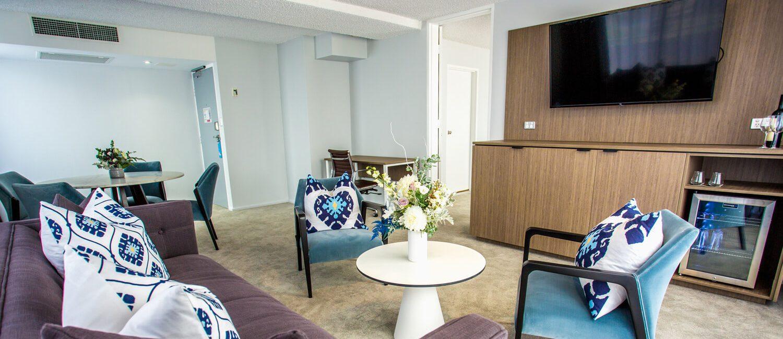 bedroom-suite-living-area   Pacific Hotel Brisbane